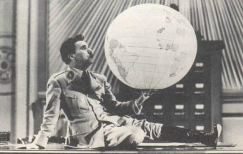 O dono do mundo - Chaplin